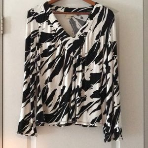 Michael Kors SzM black and White Top